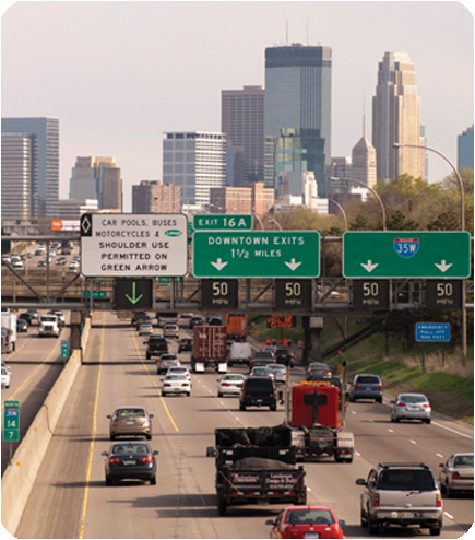 This variable speed limit system, in use on I-35W, is similar to the system used in the study area on I-94. (Photo: MnDOT)